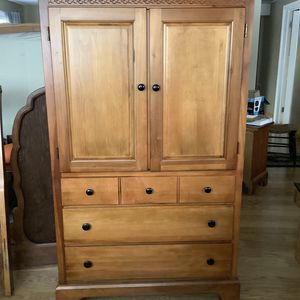 Wooden Bedroom Set for Sale in Des Plaines, IL