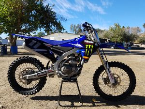 2017 YAMAHA YZ450F for Sale in Los Angeles, CA