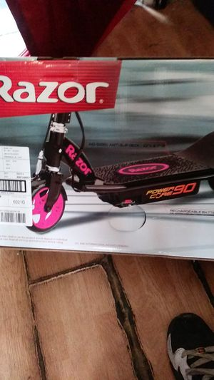 Brand New in the Box Razor POWER CORE 90 ELECTRIC HUB MOTOR SCOOTER for Sale in Huntington Beach, CA