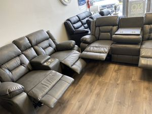 2 pc sofa and loveseat for Sale in Arlington, VA