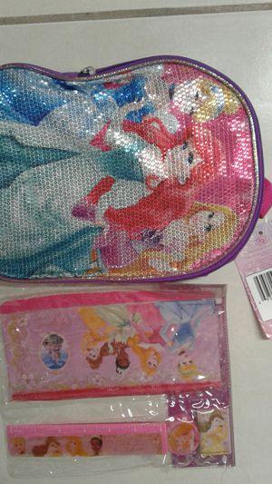 "Disney Princess 10"" Small bookbag and Accessories for Sale in Hialeah, FL"