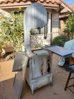 Butcher Boy Bone Saw WORKS NEEDS TO BE RESTORED. LOCATION MADERA. for Sale in Madera, CA