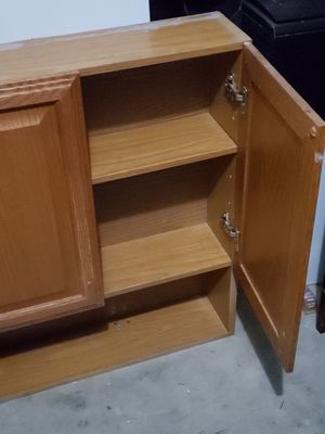 Bathroom cabinet for Sale in Selma, CA