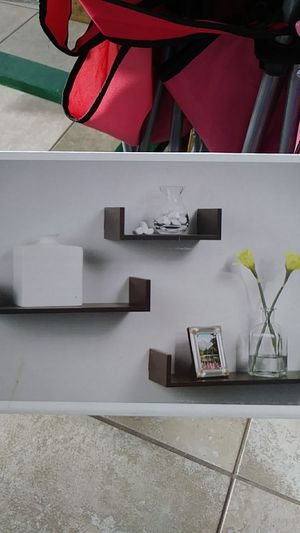 Wall shelves for Sale in Kissimmee, FL