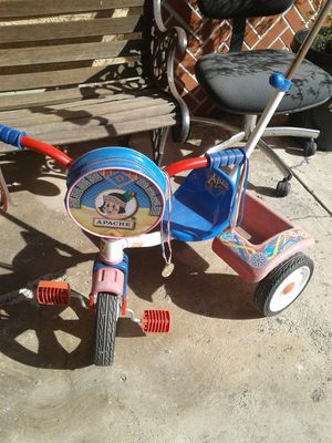 Apache original tricycle for toddler for Sale in Los Angeles, CA