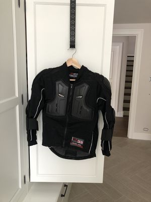 Boys Answer Syncron motorcycle gear for Sale in Barrington, IL