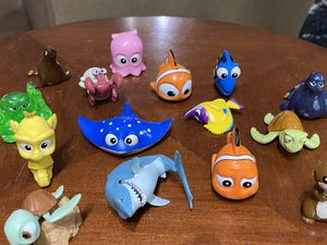 Nemo children's bath toys, 16 characters. $8 for all. for Sale in Falls Church, VA