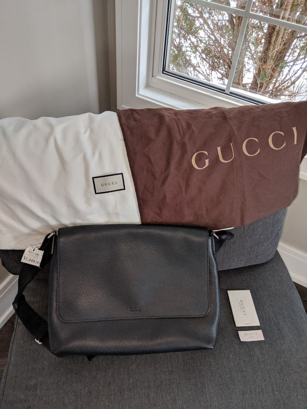Gucci messenger bag 100% Authentic, receipt, tags, storing bags. Brand new never been used.