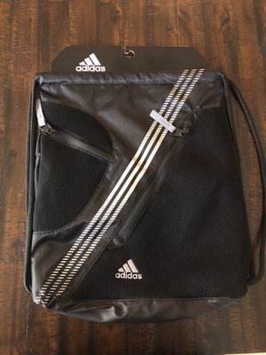 Brand new Adidas sac bag for Sale in Laveen Village, AZ