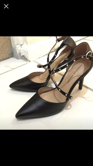 Black heels women's shoes size 8.5 for Sale in Silver Spring, MD