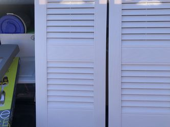 "3 pair Louver 117 bright white shutters, 12"" x 25"" builders edge, p/n BO10120025117, vinyl wood look . Only taken out of box to take pictures for Sale in Pittsburgh,  PA"
