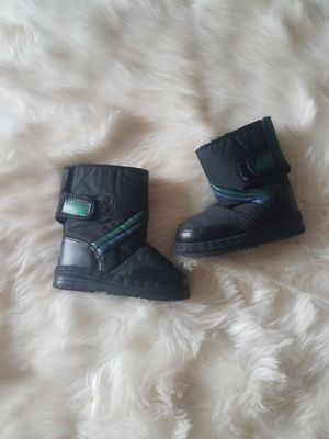 Kids snow boots size 11 for Sale in Phoenix, AZ