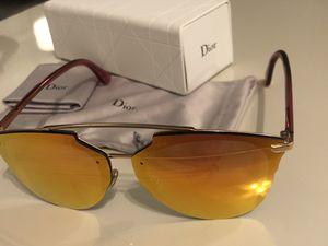 Dior sunglasses. for Sale in Houston, TX
