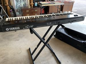 Yamaha S08 Keyboard, Stand, and Cade for Sale in Scottsdale, AZ