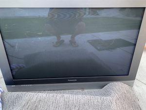 Tv Panasonic fiesta for Sale in Huntington Beach, CA