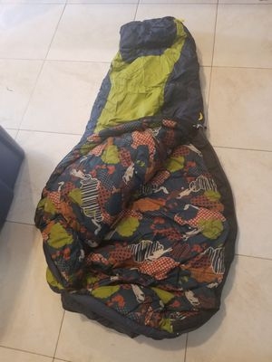 Kids NORTH FACE sleeping bag. W/compression sack for Sale in Las Vegas, NV