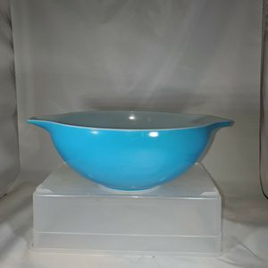 Vintage Pyrex Blue # 444 Mixing Bowl for Sale in Poway, CA