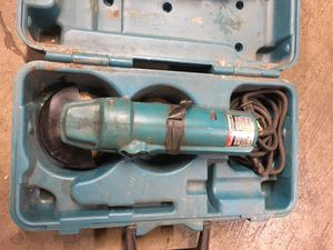 """Used Makita 4"""" disc grinder small power tool for Sale in Salem, OR"""