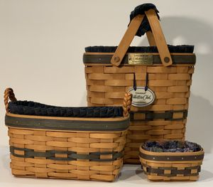 3 Collectable Longaberger Baskets Navy & Willow Plaid Liners for Sale in Snohomish, WA