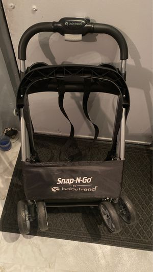 Car seat universal stroller for Sale in The Bronx, NY