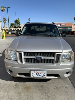 2004 Ford Explorer Sport Trac XLT for Sale in Riverside, CA
