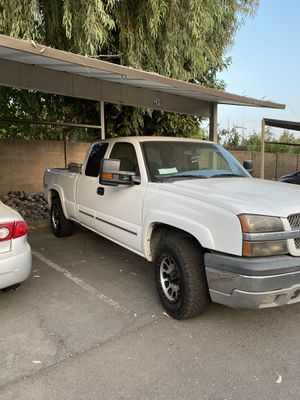 Chevy Silverado 1500 for Sale in Sacramento, CA