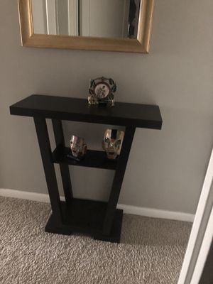 Console table. Brand new for Sale in Detroit, MI