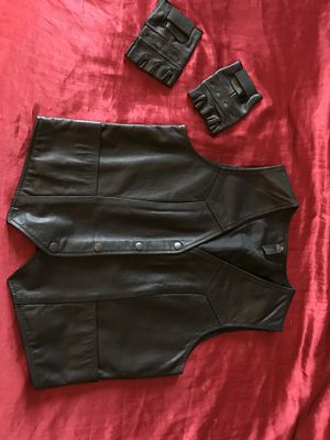 Ladies Motorcycle Vest & Gloves for Sale in Fairburn, GA