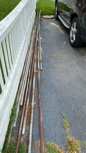 Free metal post for Sale in Collingdale, PA