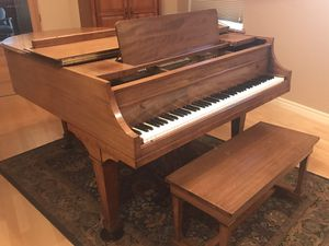 5 foot Grand Piano for Sale in Wenatchee, WA
