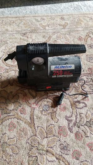 Acdelco 250 lb. Air compressor for Sale in St. Louis, MO