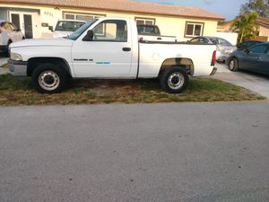DODGE RAM 1500 PICKUP TRUCK 107 K MILES for Sale in Miami, FL