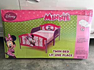 Disney Minnie Mouse Twin Bed for Sale in Alhambra, CA