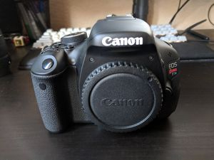 Canon T3i w/ kit lens, plus accessories for Sale in Citrus Heights, CA
