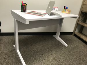Alexandria Student Desk with File Cabinet, White Finish for Sale in Santa Ana, CA