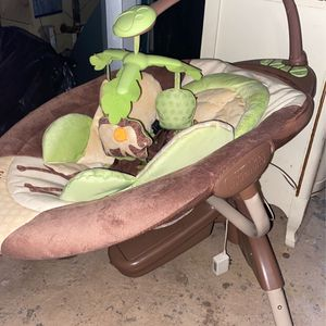 Baby Swing Lion Long for Sale in Pittsburgh, PA