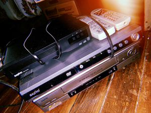 Sanyo DVD & DVR Players for Sale in Golden City, MO