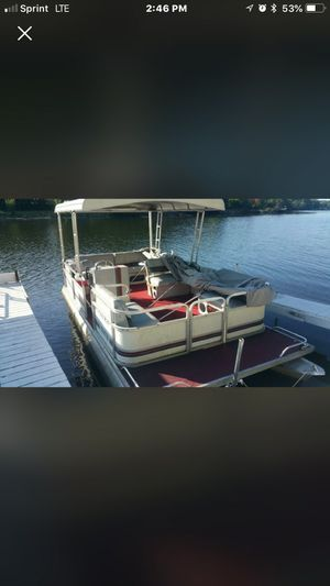 Pontoon for Sale in Redford Charter Township, MI