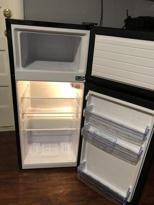 mini freezer / fridge for Sale in Aspen Hill, MD