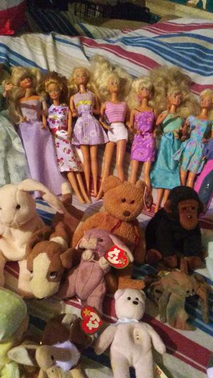 Barbies and Beanie Babies $3 each for Sale in Auburndale, FL