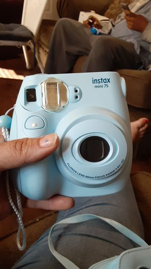 Instax mini 60 for Sale in Des Moines, IA