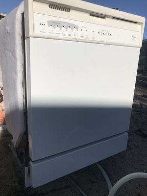 Whirlpool dishwasher for Sale in Palmdale, CA