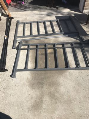 Elliot's Designs Queen bed frame for Sale in Biloxi, MS