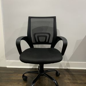 Desk / Office Chair for Sale in Brooklyn, NY