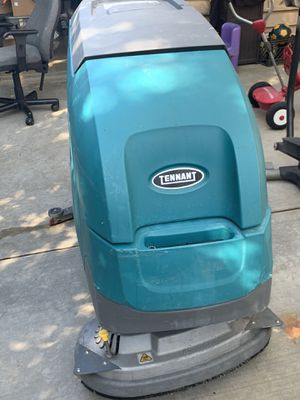 T500 tennet floor scrubber for Sale in Moreno Valley, CA