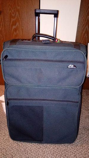 Samsonite Large Luggage Bag for Sale in Hanlontown, IA