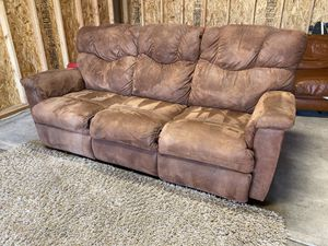 LZB RECLINING SECTIONAL (free delivery) for Sale in West Linn, OR
