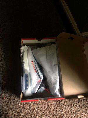 2090 air max brand new never been worn ( NOT TRADING) for Sale in Camp Springs, MD