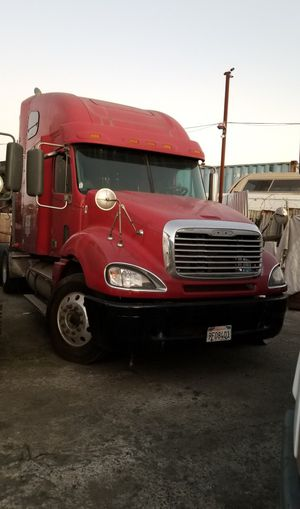 2008 Freightliner Columbia for Sale in Los Angeles, CA