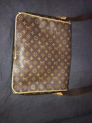 Louis Vuitton Messenger Bag for Sale in Tempe, AZ